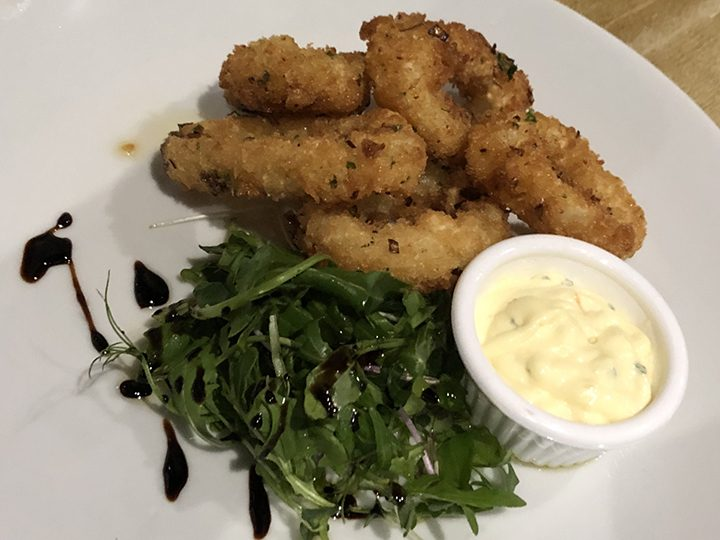 Salt and pepper squid with aioli dip