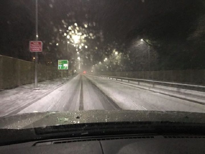 Snow settling on the carriageway in Penwortham Pic: Blog Preston