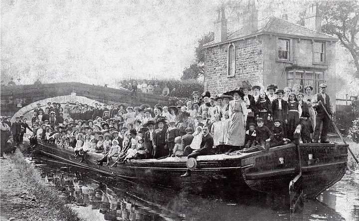 On the canal at Ingol Pic: Preston Historical Society