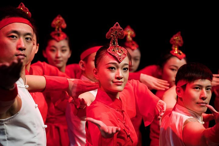 Performers from Shanghai Theatre Academy