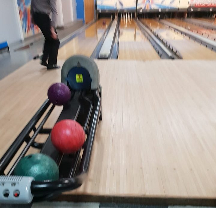 A game inside Rock and Bowl