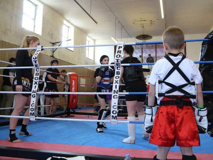 Young people training at Red Kite School of Thai and Kickboxing