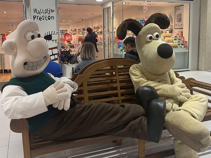 Wallace & Gromit take a break outside Tiger