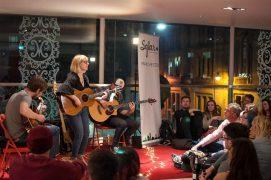Susie Jones performing