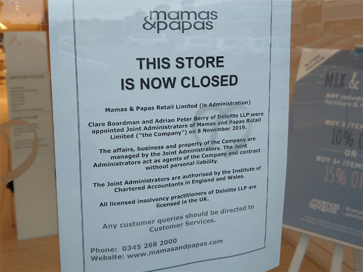 A notice about the closure in the door of the store