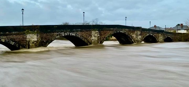 High water at Penwortham Bridge Pic: Chris France