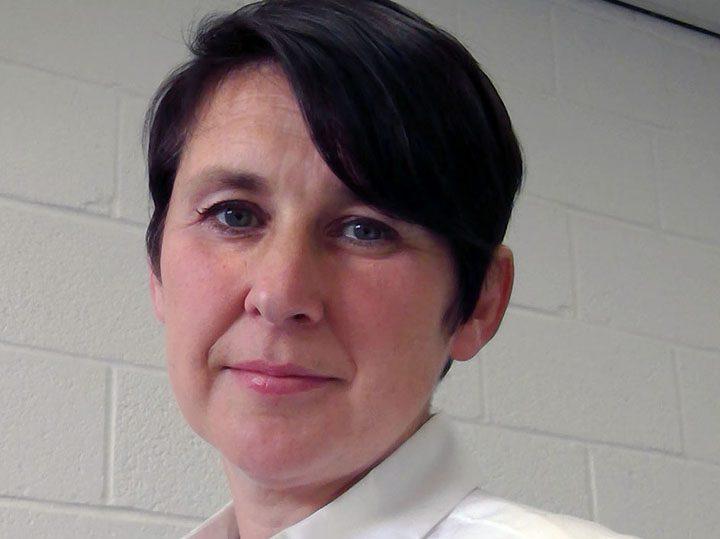 Dr Jenni Barrett
