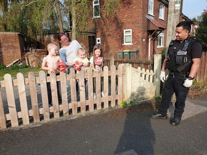 Police Deliver Easter Eggs To Preston Children Stuck In During Lockdown Blog Preston
