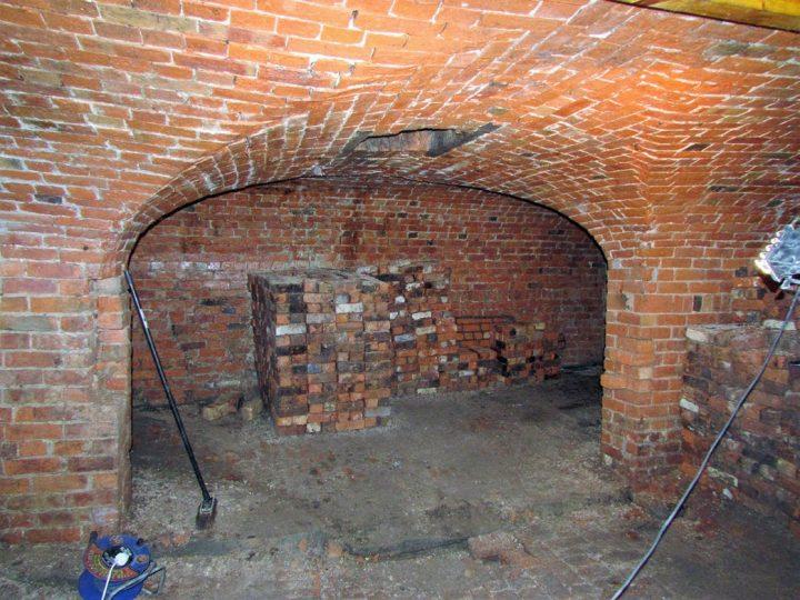 PLAU vaults before the renovation