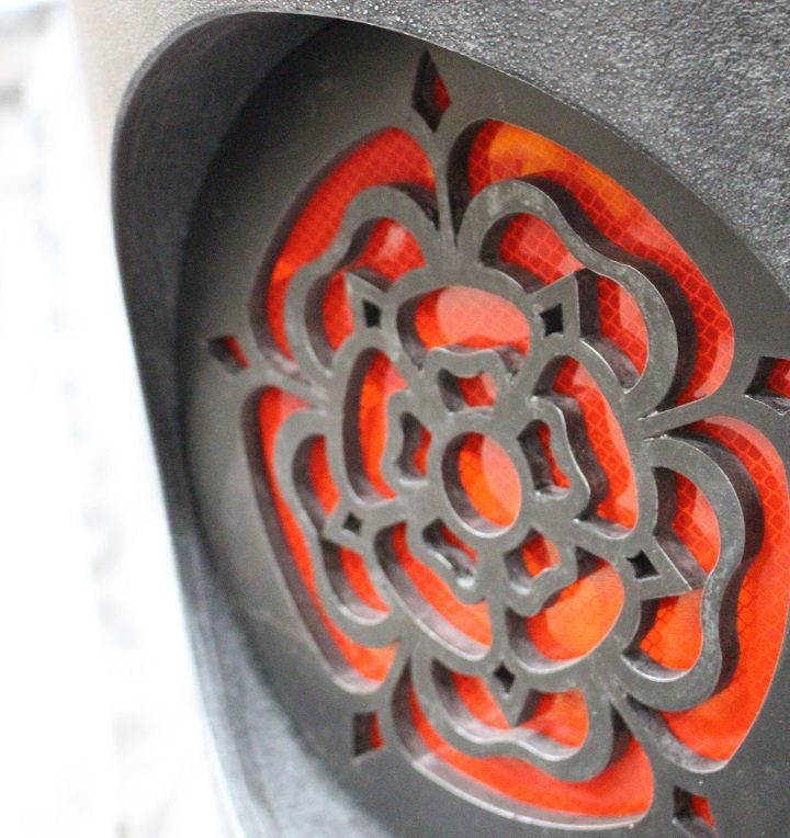 The reflective red rose on the Fishergate bollards Pic: Lancashire County Council