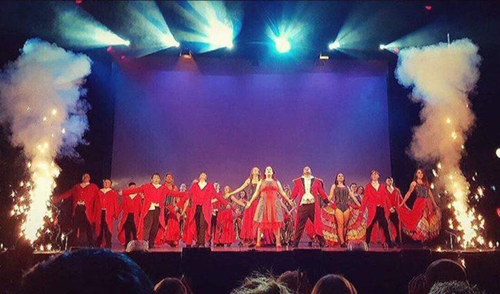 Kidz4Kidz theatre group on stage