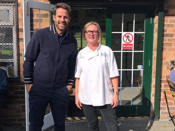 Jamie posed for a photo with cafe owner Kelly