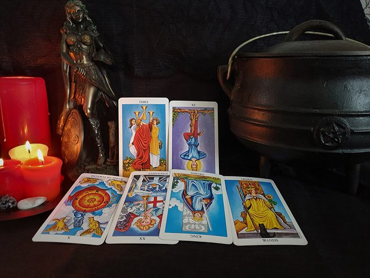 Pisces October tarot reading Pic: Violetann Tarot