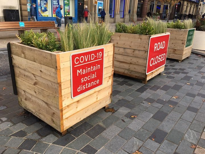 Covid signs and road blocks at the top end of Chapel Street off Fishergate Pic: Blog Preston