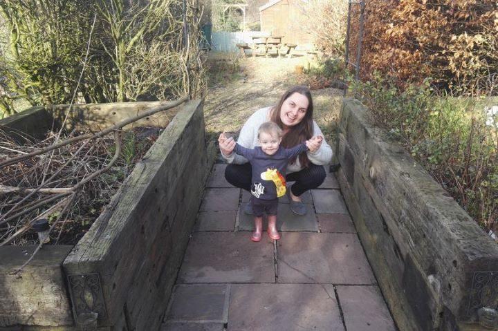 Emma and her young daughter Ellen. Pic: LancsLive