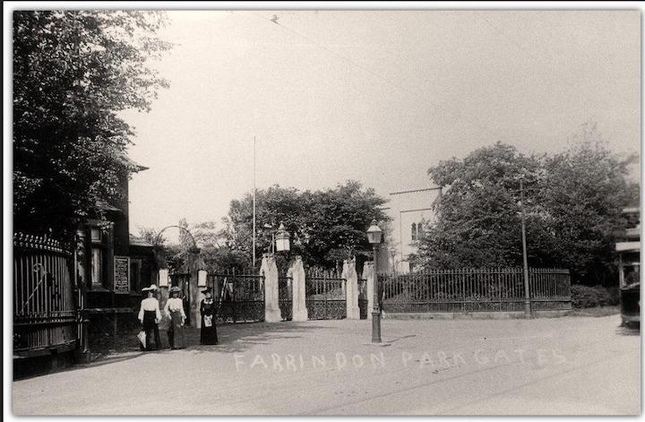 Farringdon Park gates