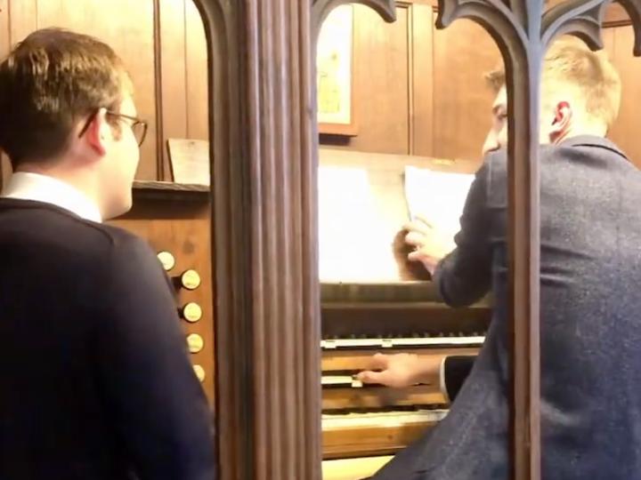 Harry the organist playing Three Lions Pic: @stgeorgethemartyrpreston